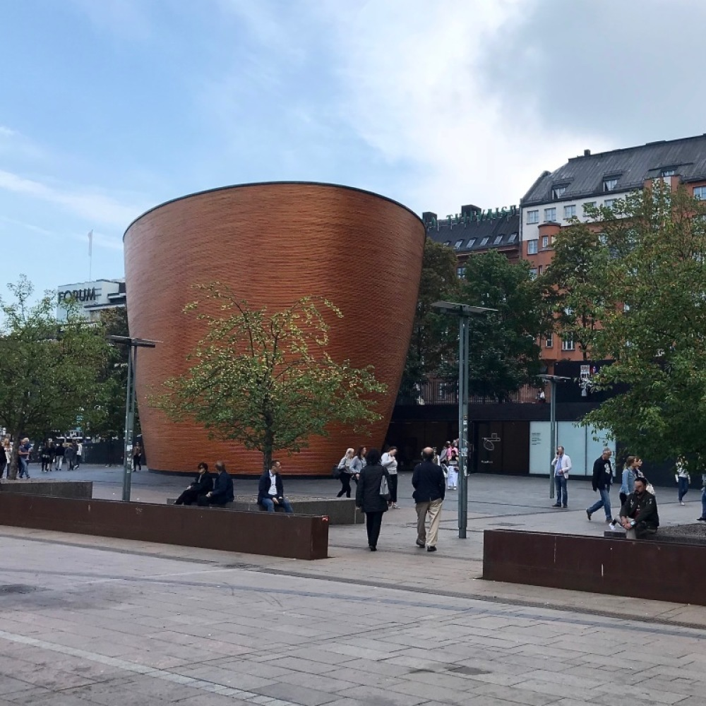 ■北欧近代建築を巡る旅 アールト&アスプルンド 6日目 その他の建物とスナップショット色々_f0165030_16322505.jpg
