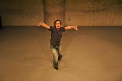 新たなダンスの見せ方を提示した近藤良平版「ダンスブリッジ」公演_d0178431_11203706.jpg