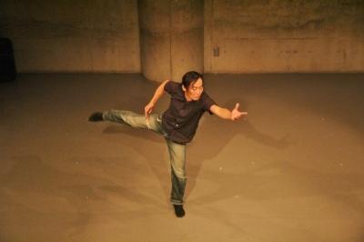 新たなダンスの見せ方を提示した近藤良平版「ダンスブリッジ」公演_d0178431_11212694.jpg