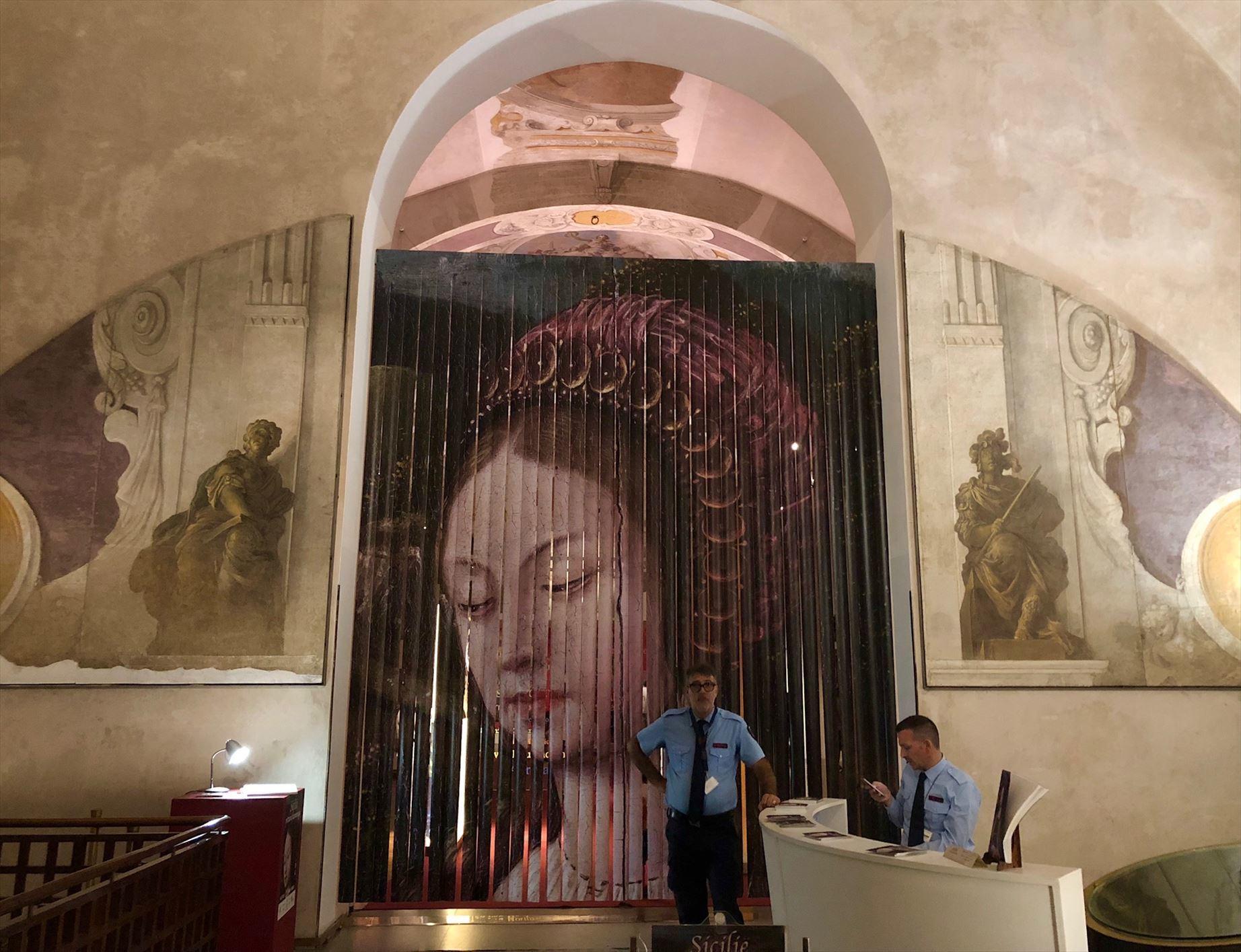 パレルモ 2  圧巻のモザイク装飾 パラティーナ礼拝堂_a0092659_23264002.jpg