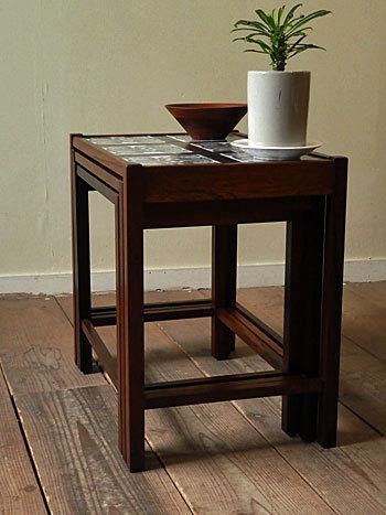 nesting table_c0139773_15162253.jpg