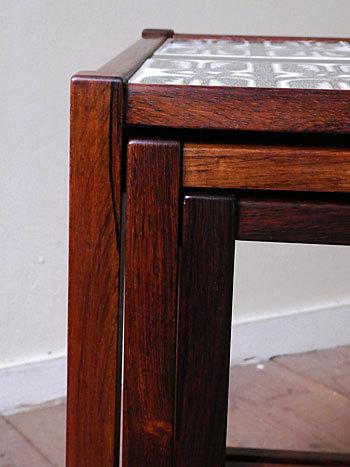 nesting table_c0139773_15181392.jpg