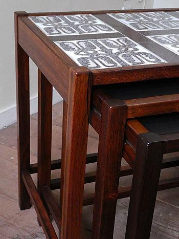 nesting table_c0139773_15182329.jpg