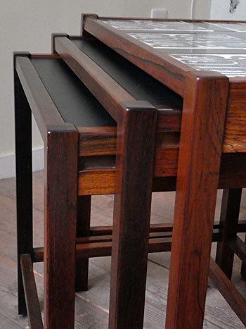 nesting table_c0139773_15183696.jpg