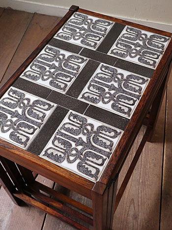 nesting table_c0139773_15192018.jpg