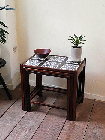 nesting table_c0139773_15332945.jpg