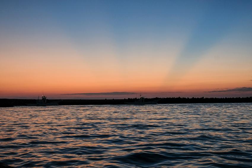 漁船の朝_e0243382_20561126.jpg