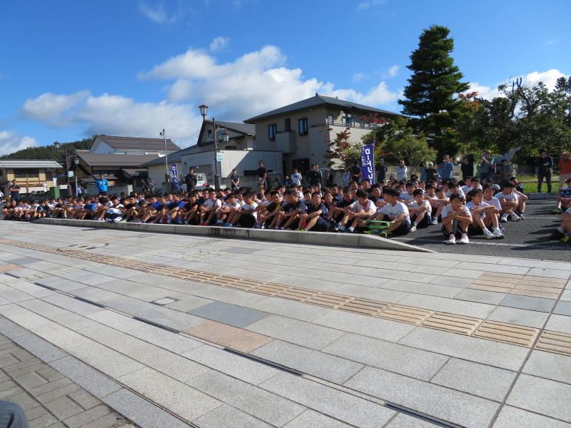体育の日、200名が町ロードリレー大会に参加_e0359282_14504029.jpg