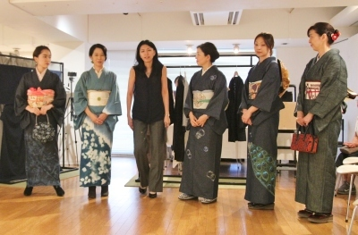 続報:朝倉加代展ファッションショーのマド・ダンサーたち_d0178431_13494043.jpg