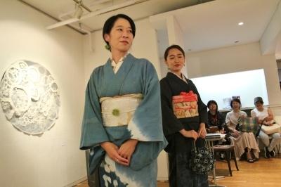 続報:朝倉加代展ファッションショーのマド・ダンサーたち_d0178431_13501621.jpg