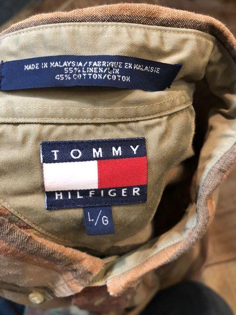 10/13(土)入荷!90s TOMMY FILFIGER ストライプシャツ!_c0144020_13364160.jpg