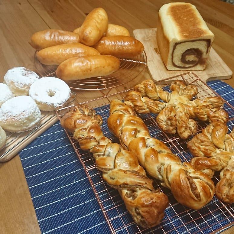 パン、パン、パン🎵_a0113430_07280422.jpg