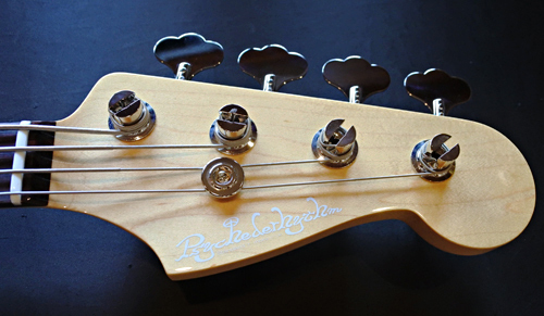 埼玉県・高瀬さんオーダーの「Modern J-Bass」が完成!!_e0053731_16295026.jpg