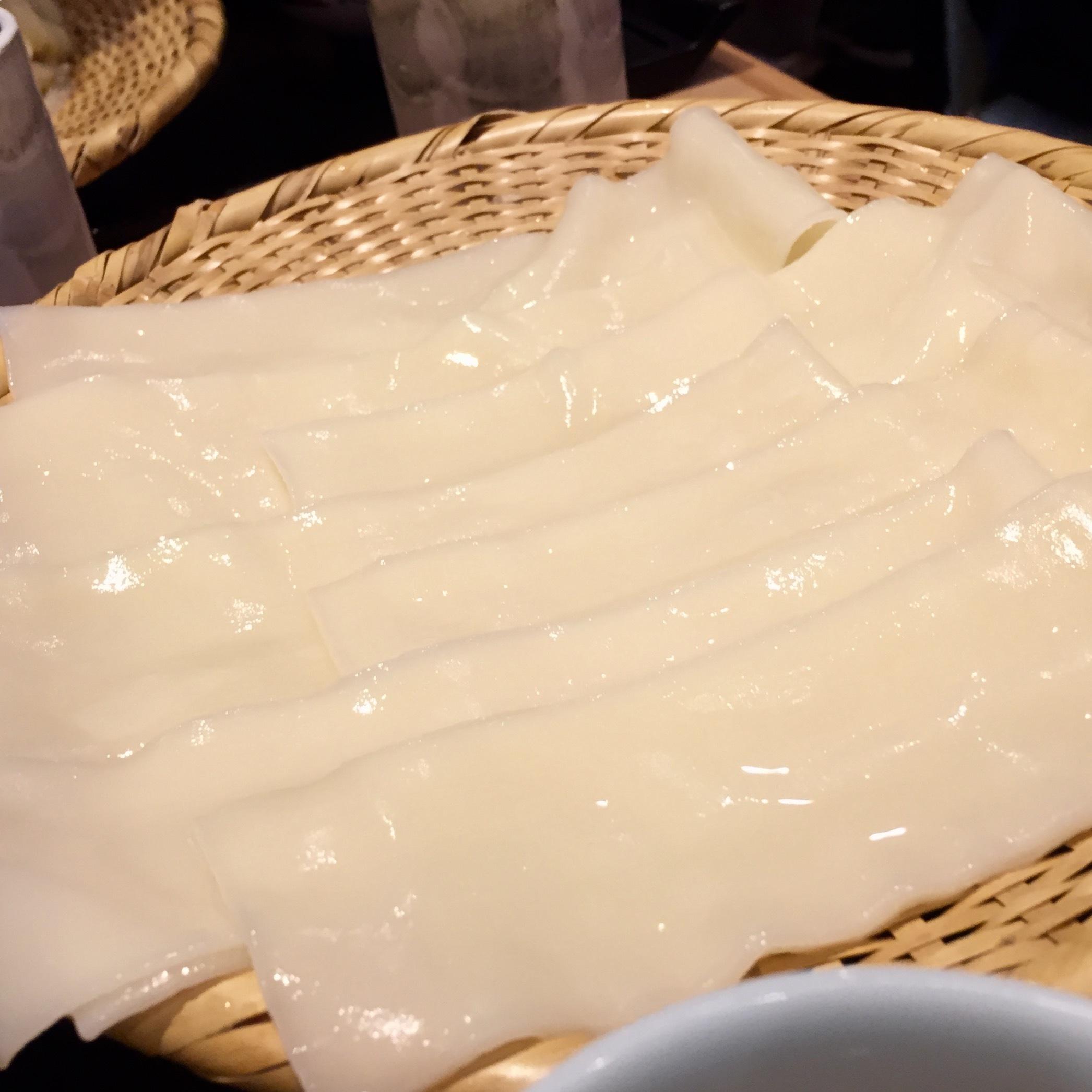 ついに念願のひもかわ(幅広うどん)を食べる!!☆銀座「花山うどん」_f0054260_15440951.jpg