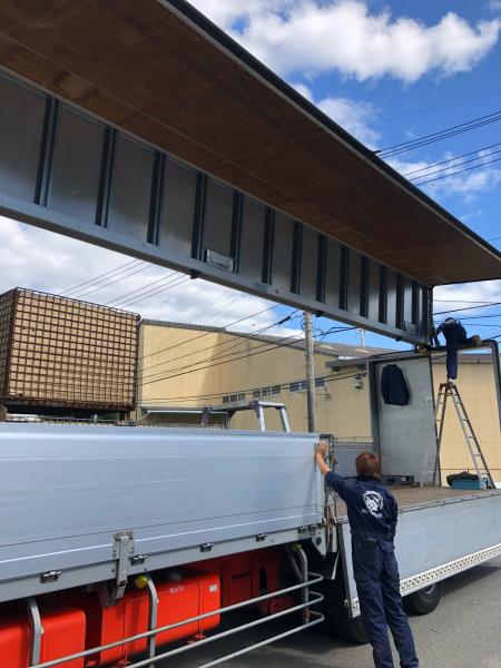 大型トラック バックカメラの取り付け_e0169210_17543543.jpg