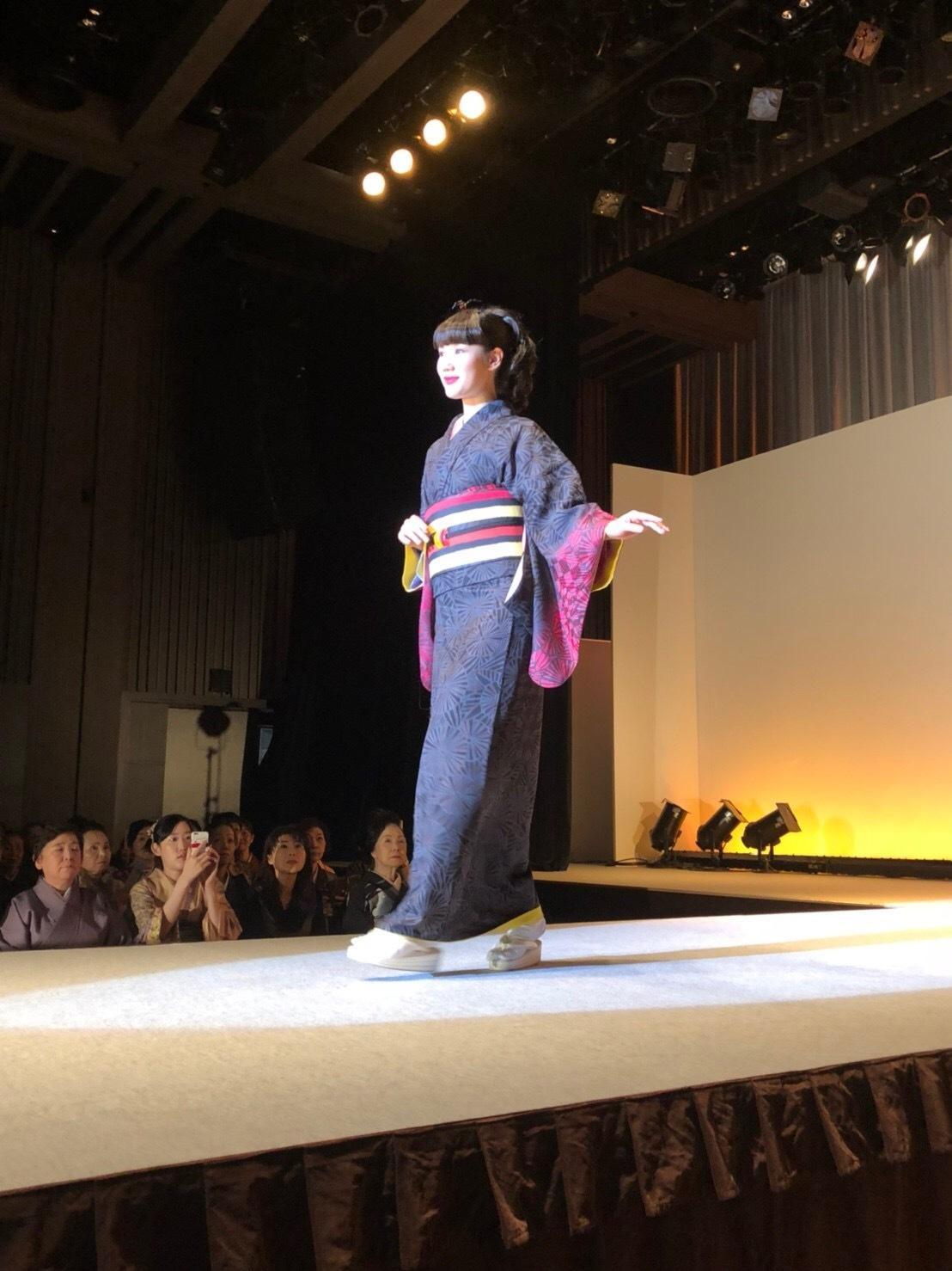 きものサローネin日本橋 青野保夫きものショー2018_f0140343_14540241.jpg