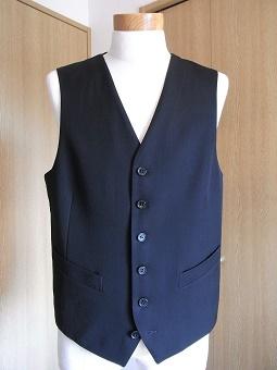 ウェディングスーツ&フォーマルブラックスーツも「岩手のスーツ」 編_c0177259_18524070.jpg