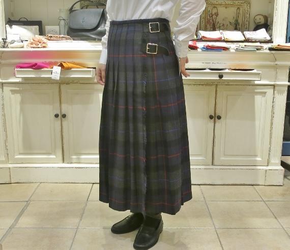 2018年 オニールオブダブリン ウール3個ベルトキルトスカートです。_c0227633_15361165.jpg
