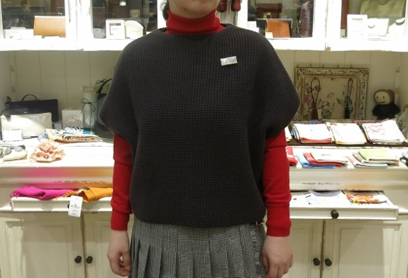 2018年 オニールオブダブリン ウール3個ベルトキルトスカートです。_c0227633_15380130.jpg