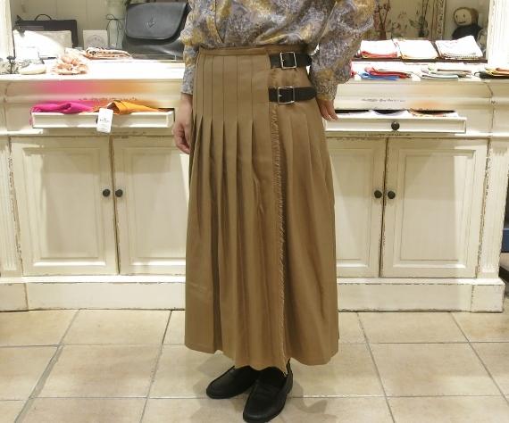 2018年 オニールオブダブリン ウール3個ベルトキルトスカートです。_c0227633_15403183.jpg
