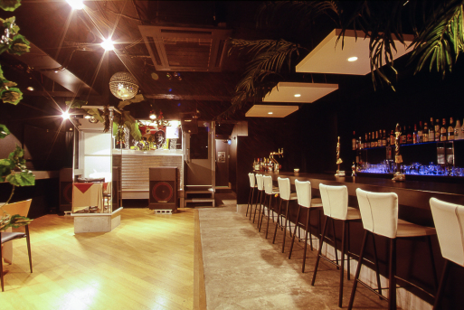 [DANCE HALL&RESTAURANT BAR]_f0279342_11090172.jpg