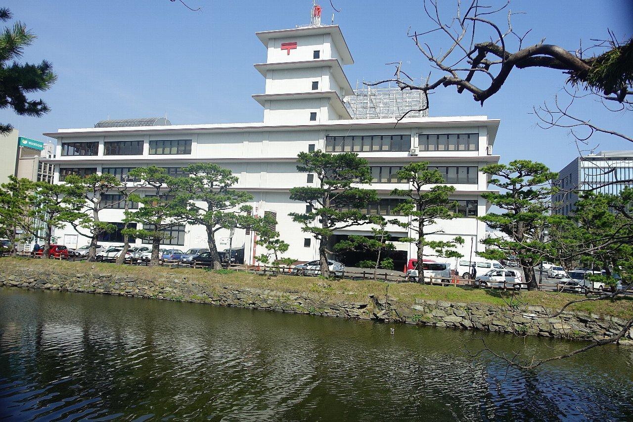和歌山中央郵便局_c0112559_08084396.jpg