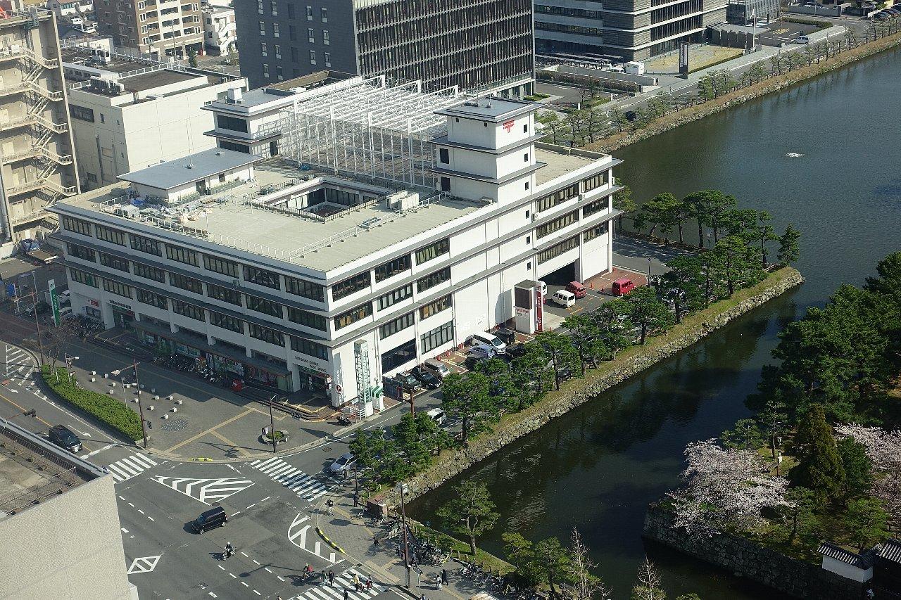 和歌山中央郵便局_c0112559_08143068.jpg