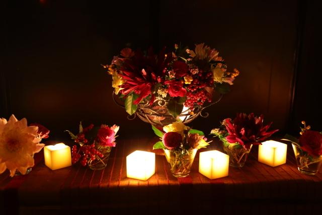 一会定期レッスン10月16日昼 キャンドルと器と花のコーディネイト、自分で選ぶ花のレッスン_a0042928_14092758.jpg