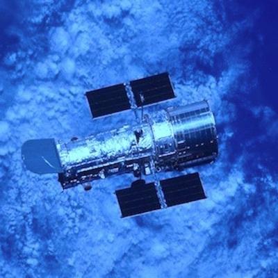 今夜、ディラックの海の青いほとりで_c0109850_04150207.jpg