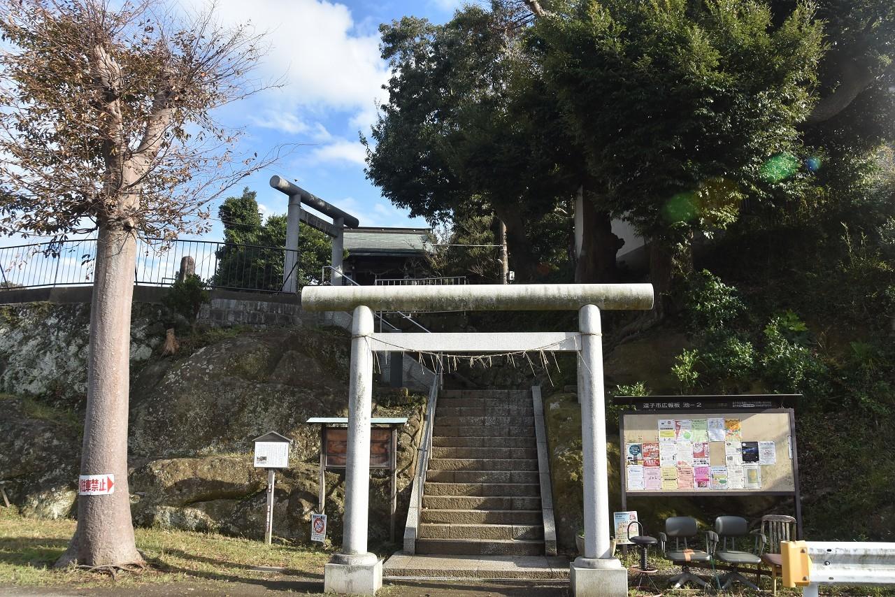 神武寺駅から_d0065116_22081211.jpg