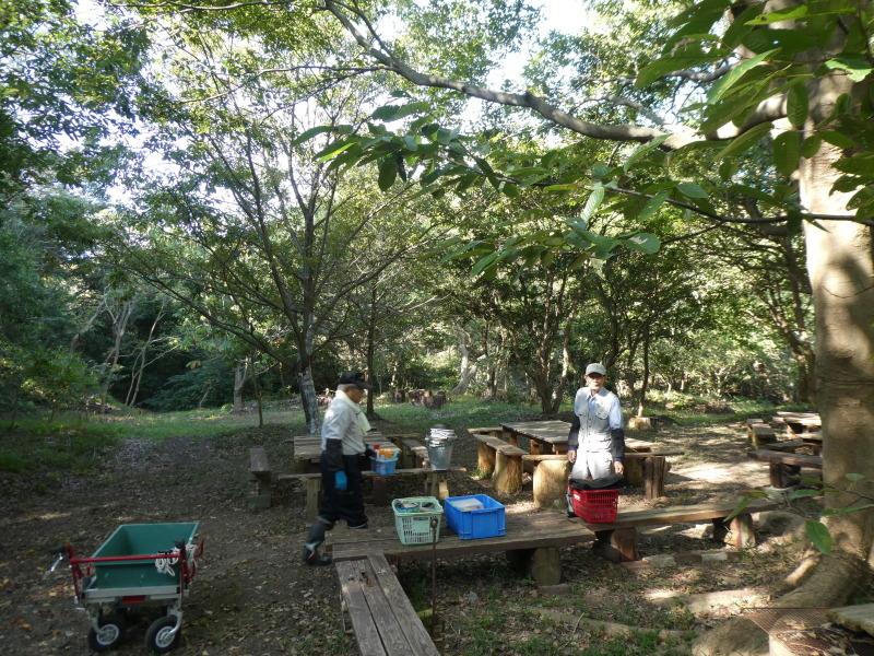 鳴滝小学校2年生遠足のサポート・・・うみべの森_c0108460_17145275.jpg