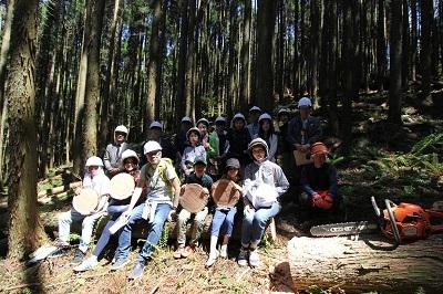 森林ツアーのごあんない。_b0112371_18011976.jpg