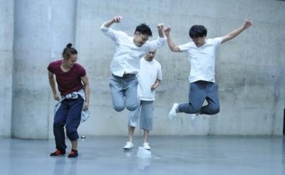 明日から香港チームと「んまつーぽす」とのジョイント公演開幕_d0178431_11351397.jpg