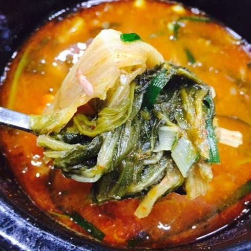 ソウル旅行 10 おひとり夕食は豪快なお肉のスープを☆永登浦_f0054260_12334722.jpg