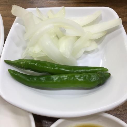 ソウル旅行 10 おひとり夕食は豪快なお肉のスープを☆永登浦_f0054260_12342747.jpg