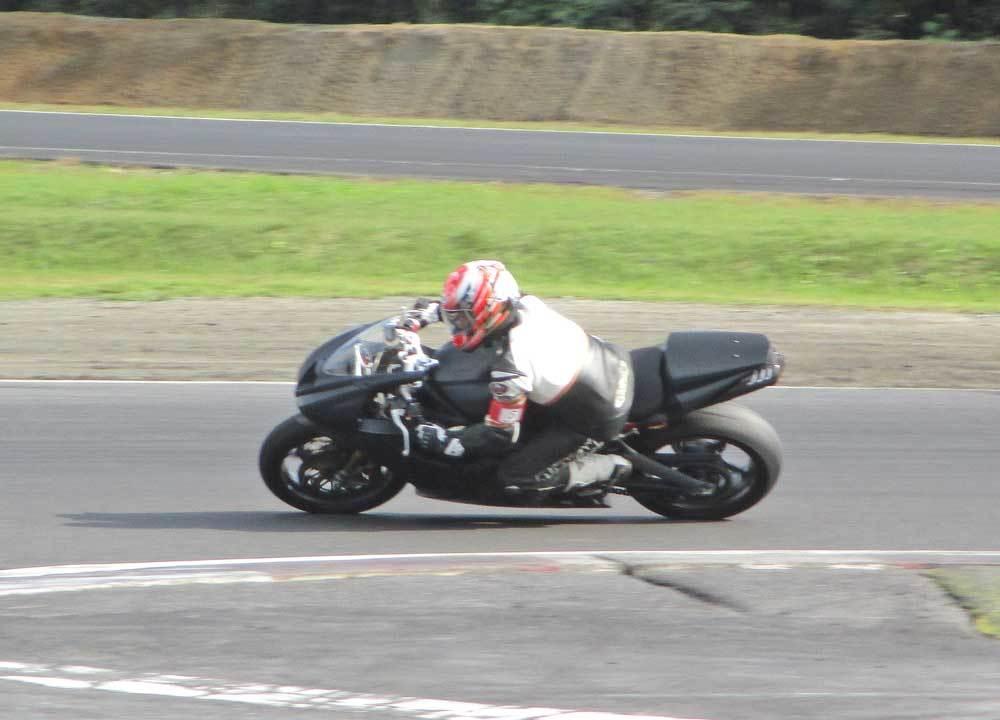 昨日は日光サーキットでバイク遊びぃ~(^O^)/ (動画あり)_c0086965_17313951.jpg