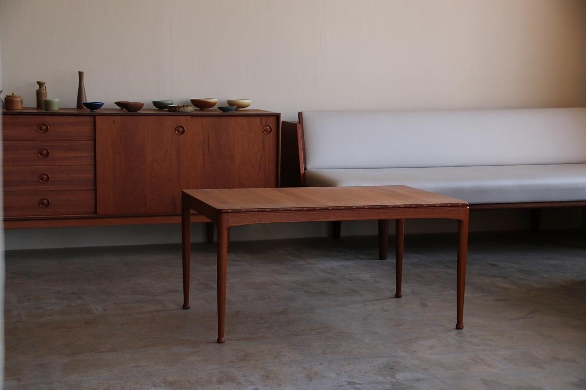 『Sven Engstrom&Gunnar Myrstrand Solid Coffee Table』_c0211307_20393913.jpg