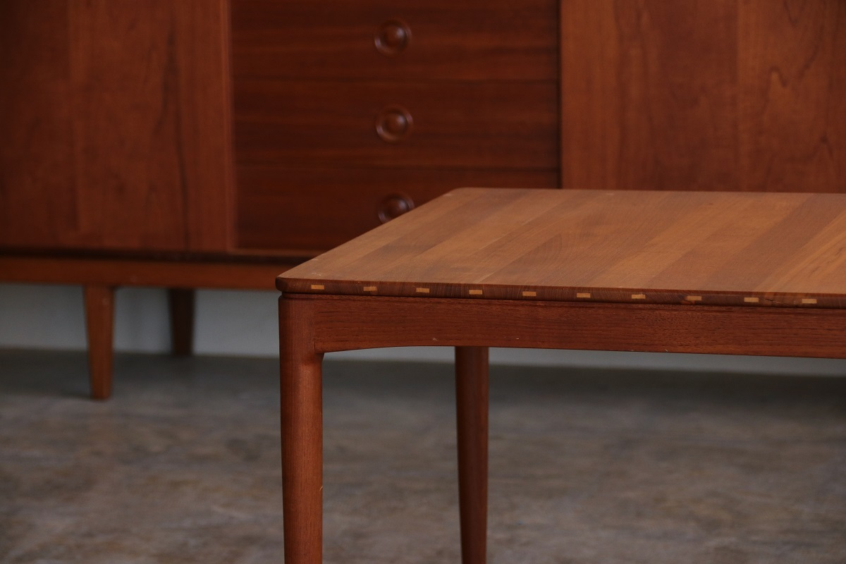 『Sven Engstrom&Gunnar Myrstrand Solid Coffee Table』_c0211307_20395534.jpg