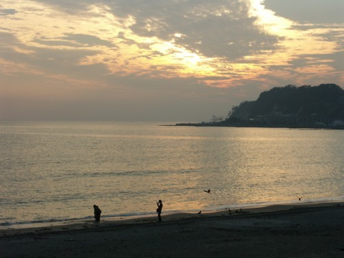 夕凪の秋の浜辺_f0055131_08421242.jpg