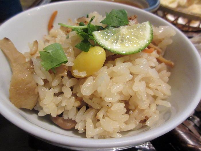 【いろはな】松茸ご飯と秋天そば_b0009849_16211169.jpg