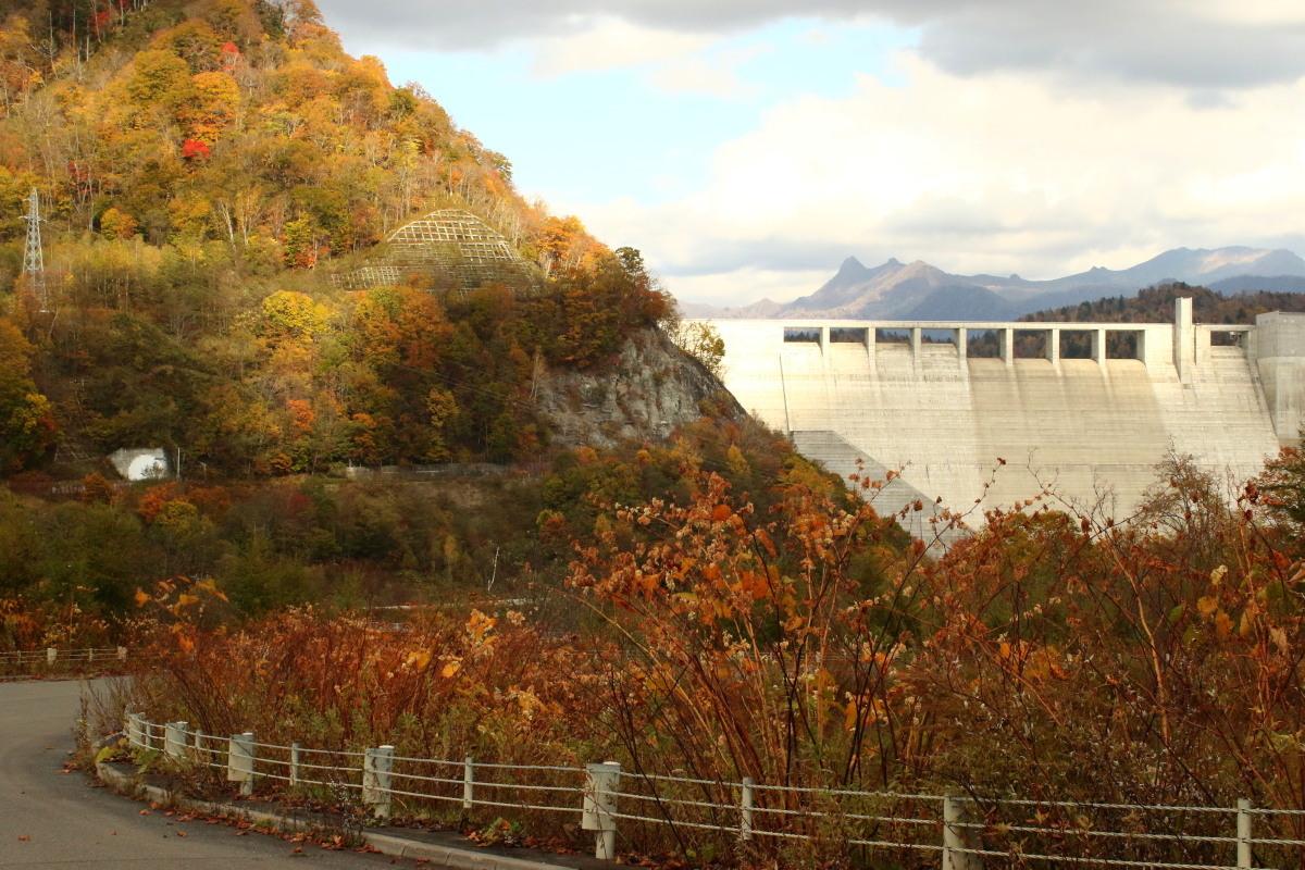 夕張・滝ノ上公園ほかの紅葉_c0360399_22360785.jpg