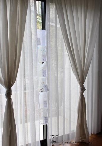 【オーダーカーテン】リビングのカーテン見直し中&制作中の作品♪_f0023333_22481173.jpg