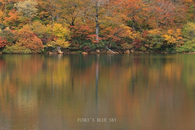 秋の湖畔・Ⅱ_c0145250_09465233.jpg