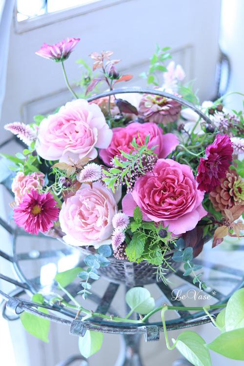 Living flowerクラスのBasket arrangement_e0158653_15454716.jpg
