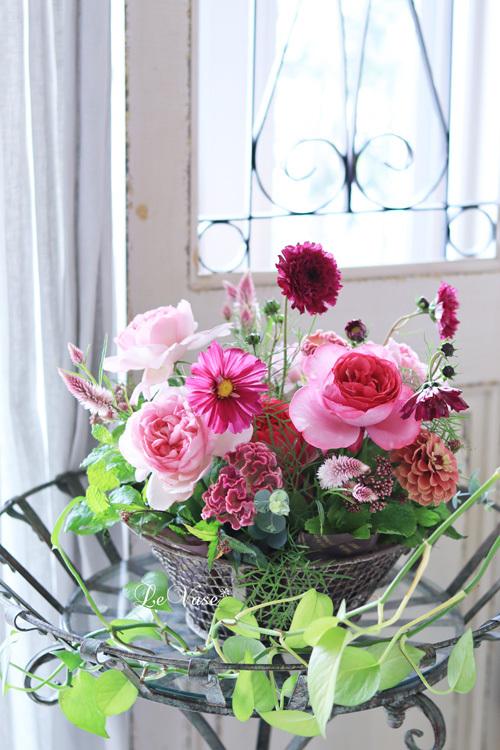 Living flowerクラスのBasket arrangement_e0158653_15472770.jpg