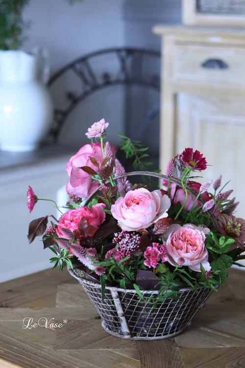 Living flowerクラスのBasket arrangement_e0158653_15474790.jpg