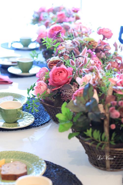 Living flowerクラスのBasket arrangement_e0158653_15480904.jpg