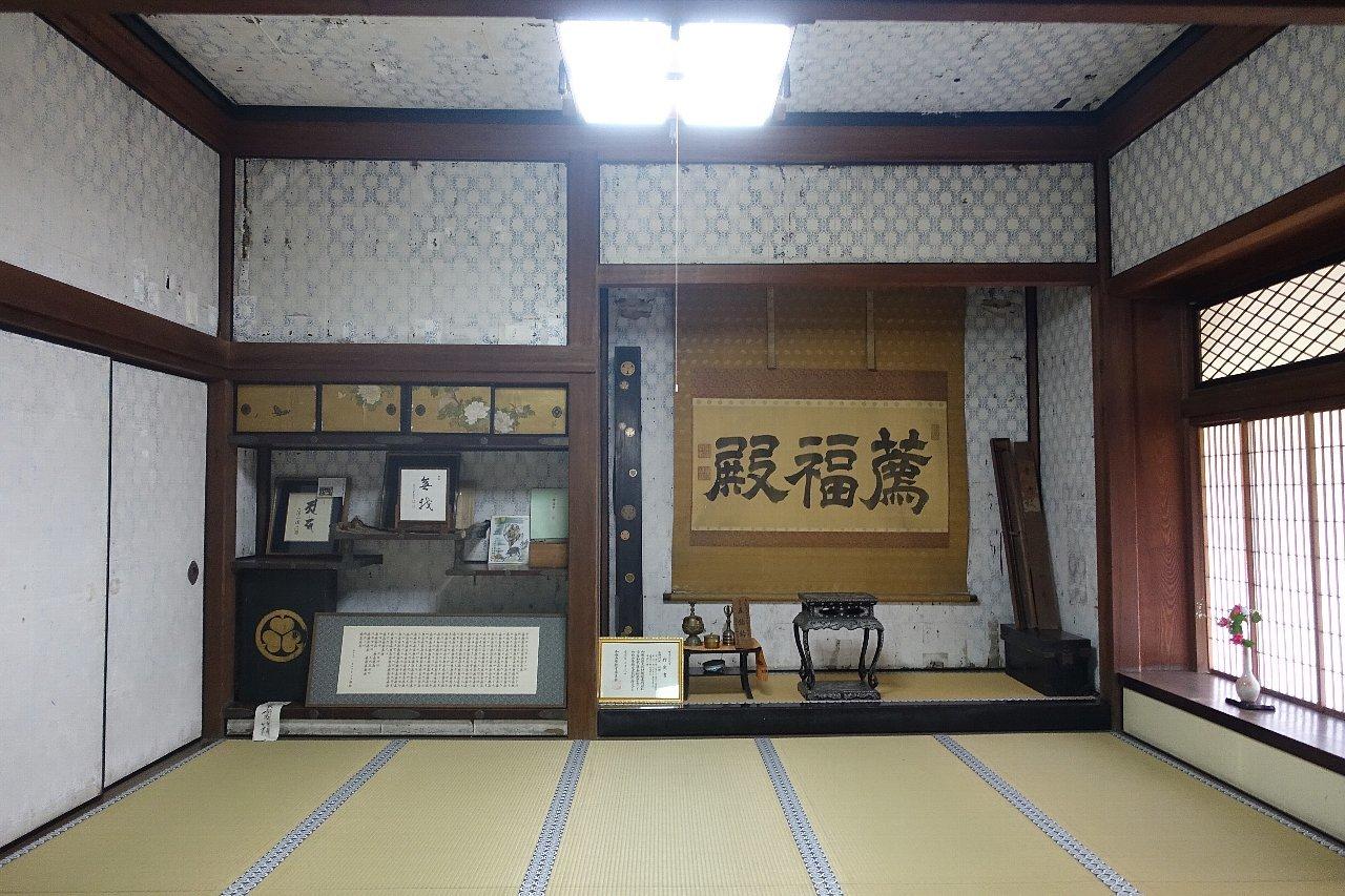 粉河の十禅律院_c0112559_08413230.jpg