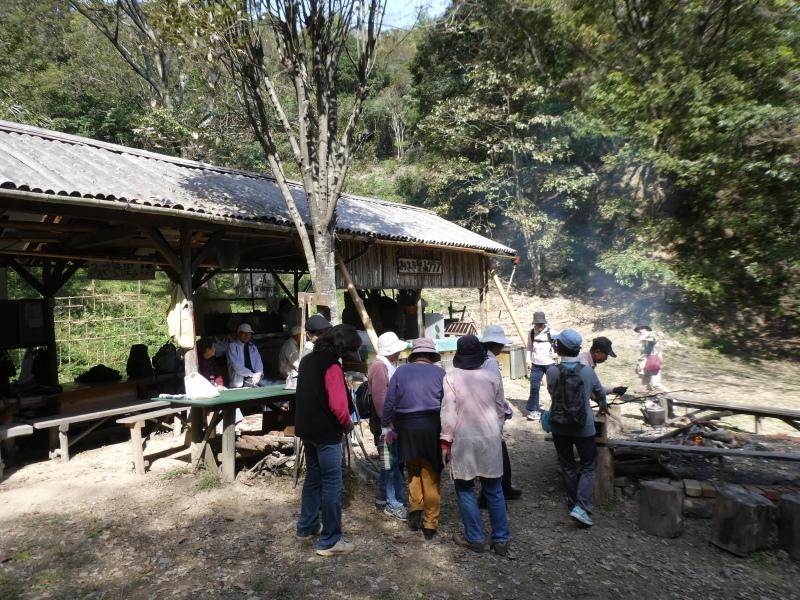 「岬陵クラブ」孝子の森散策_c0108460_18340102.jpg