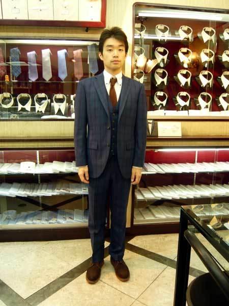 スーツ_a0110103_21403390.jpg